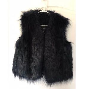 Blueish//Black fur vest